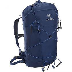 Arcteryx Cierzo 18 Backpack Inkwell