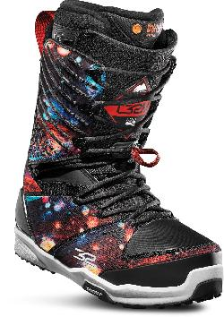 32 - Thirty Two 3XD Snowboard Boots